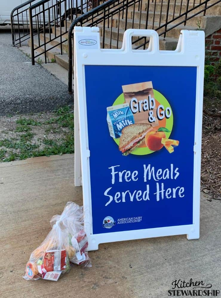 Grab bag lunch sign