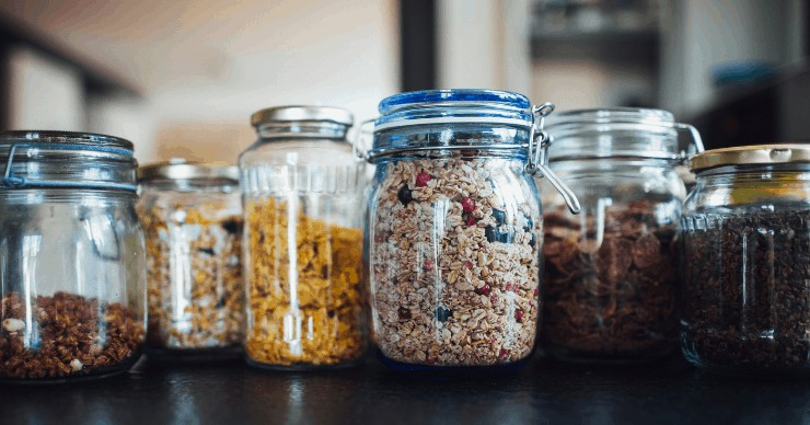 dry food storage in glass jars