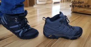 minimalist snow boots