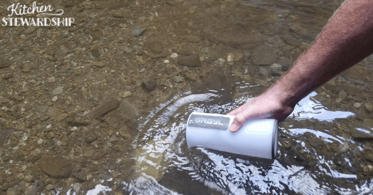 using the GRAYL water purifier